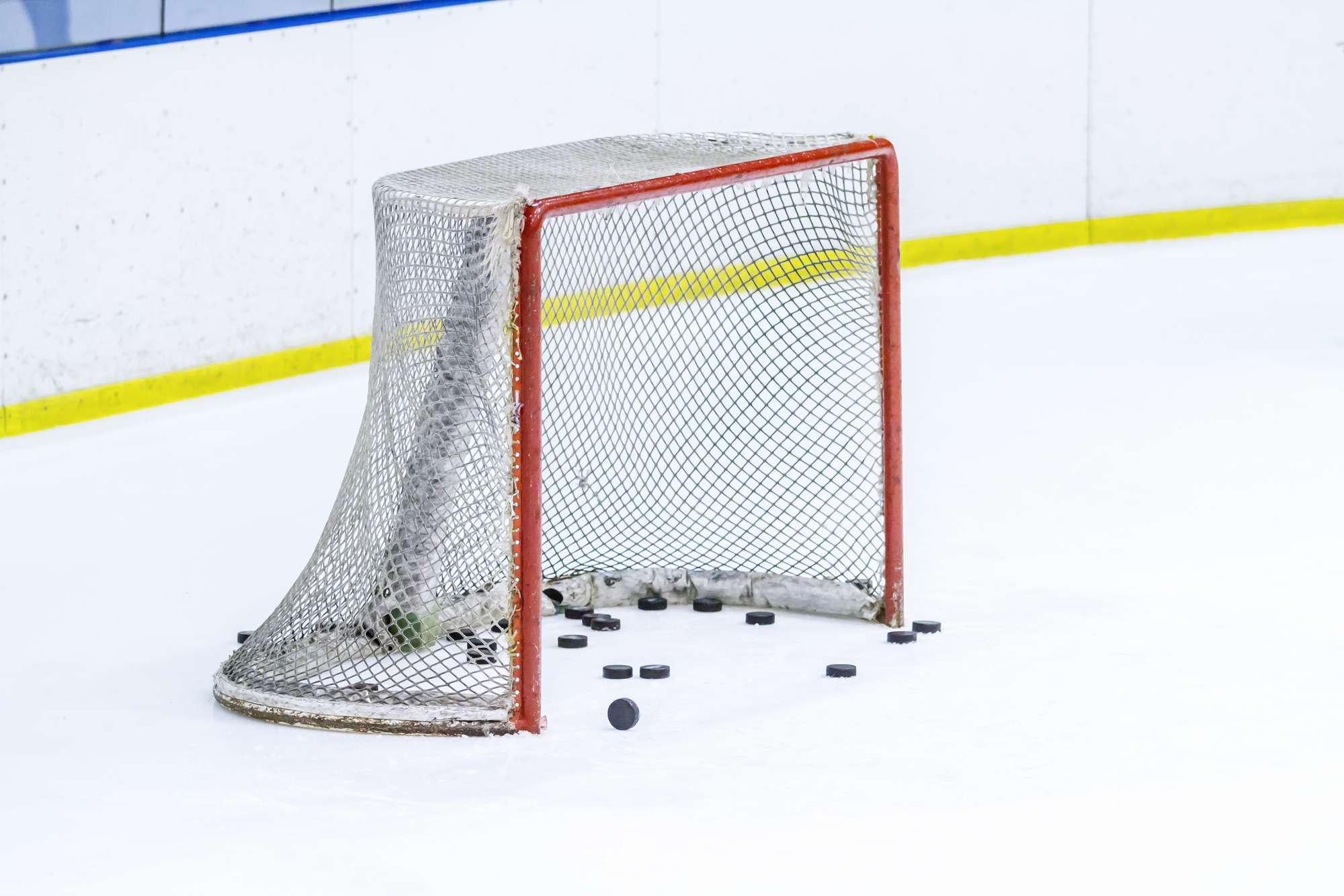 men's college hockey